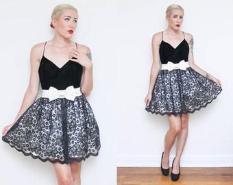 Vintage 90s VELVET BOW dress // 80s prom black LACE spaghetti strap tank cocktail dress // ivory sweetheart neckline babydoll size 6