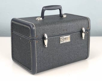 Vintage Samsonite Train Case, Tweed Gray, Small Suitcase, Makeup Case, Cosmetic Case, Film Prop, Vintage Suitcase