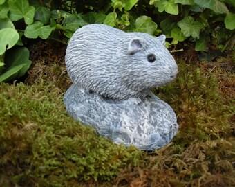 Guinea Pig, Guinea Pig Staute, Guinea Pig Memorial, Guinea Pig Figurine, Cement Guinea Pig