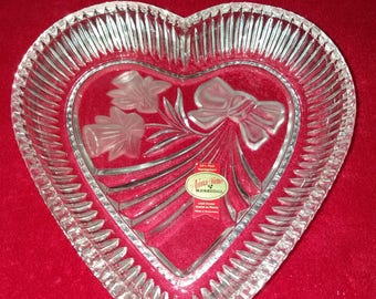 Daffodil with Ribbon Lead Crystal Heart Candy Dish