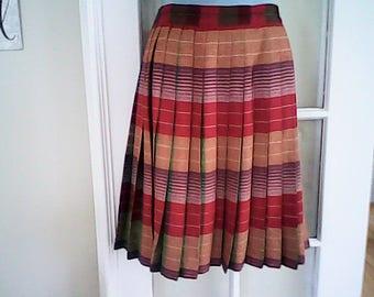 WOOL PLAID SKIRT  Reversible Canada Union Label Sm. Ladies 1950s Swing Skirt