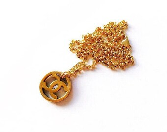 Medium Vintage Cutout Designer Button Necklace