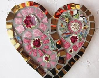 Heart mosaic with 4 red roses