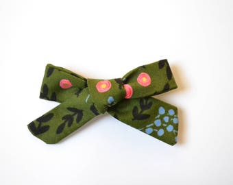 Knot Bow- Olive Floral