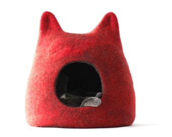 Cat bed - red cat cave - felt pet bed - wool cat house - made to order - unique gift - gift for pets - felt cat bed - cat cave