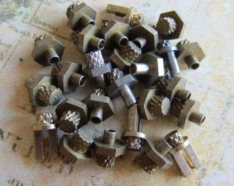 Vintage Brass Clock parts spindles - levers - Robot mix - Levers - Steampunk - Scrapbooking h94