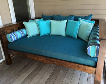 """The """"Windermere"""" Porch Bed  (FREE SHIPPING)"""