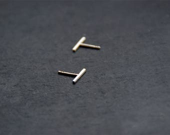 Stick // Thin clean line earrings