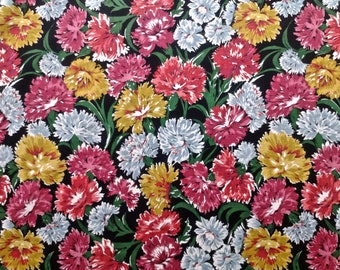 "44"" W x 3 yards 4"" L Carnation Border Print Fabric Fabric"