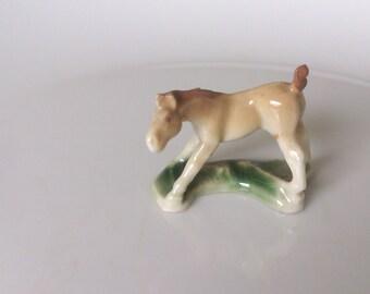 vintage 1950s wade first series foal