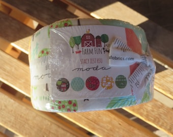 Moda - Farm Fun by Stacy Iest Hsu - Jelly Roll