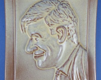 FRANKOMA POTTERY – Will Rogers Plaque – Desert Gold