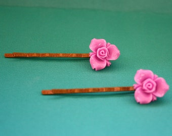 Lilac Flower Bobby Pins - Acrylic Floral Cabochon Hair Pins