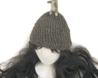 knit hat with needle felted animal, knit hat, mouse hat, needle felted miniature, needle felting, miniature animal