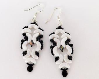 Black n White Swirling Earrings SKU