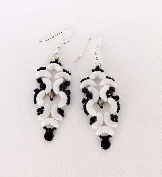 Black n White Swirling Earrings SKU