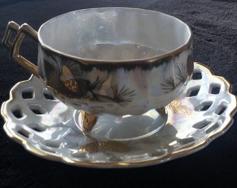 Vintage Del Coronado Nasco Japan Lusterware Cup and  Saucer with  Pine Cones