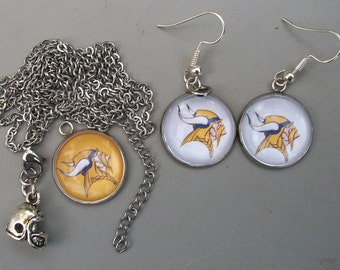 Minnesota Vikings Jewelry, assorted jewelry to celebrate the season