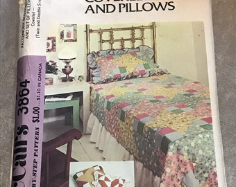 McCalls Patchwork Bed Coverlet and Pillows Sewing Pattern / Vintage 1970s Retro Twin and Double Bed Size / 3864
