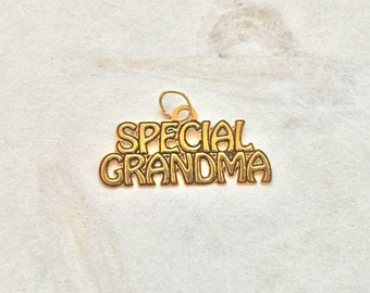 Special Grandma in 14 karat gold shes always there for you