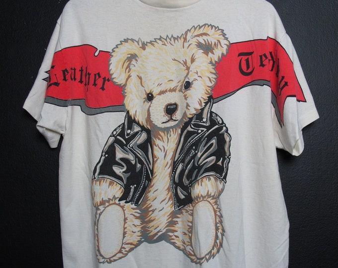 Leather Teddy Born to Hug 1990's vintage Tshirt