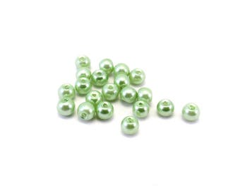 Set of 20 imitation Green Pearl glass beads