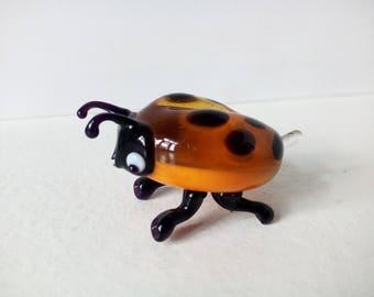 Figurine ladybug of glass, glass figurine, sculpture of glass