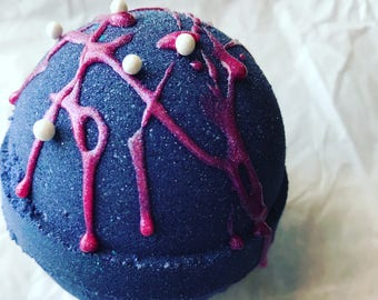 Lust Bubbling Bath Bomb