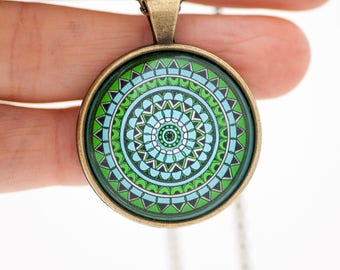 Light Green Necklace - Green Necklace - Mandala Necklace - Greenery Necklace - Green Mandala - Best Friend Gift For Her - Mandala Jewelry