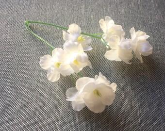 50 Cream White Blossoms - Artificial Flowers, Silk Flower Blossoms - PRE-ORDER