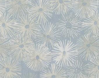 1/2 Yard - Quiet Moments - Urchin - Fog - Shell Rummel - Coats Fabric - PWSR009.8FOGX