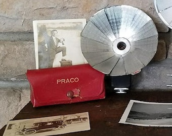 Vintage Praco Photography Flash Unit with Leather Case