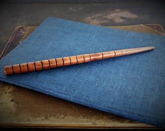 The Mahogany Stinger Wand