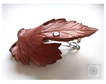 Leaf Barrette. Leather leaf. Leather leaf barrette. Leaf hair clip. Leather hair accessories . Barrette grape leaf.