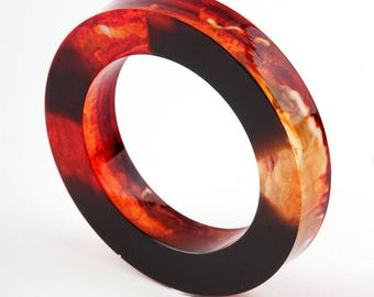 Bangle, resin, black and orange, diamater 2,51 in / 6,4 cm