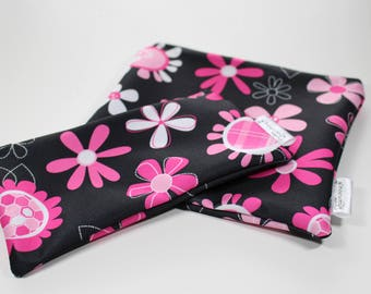 Pink flowers: Snack Bags, Sandwich Bags, Washable, Reusable, Eco Friendly, Minimalist