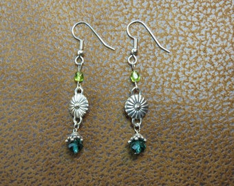 Green Bead and Silver Earring