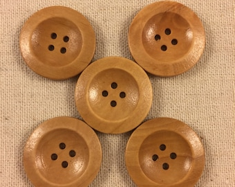 Simple wood buttons/pack of 10/ two sizes available / round buttons