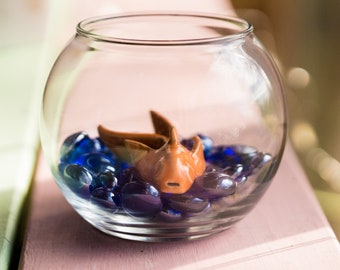 Pet Whistle Gold Fish in Fish Bowl
