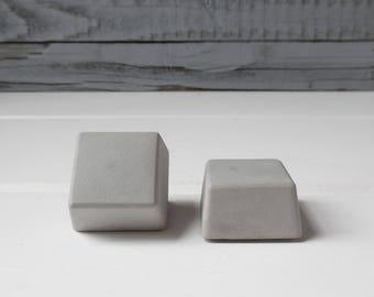 Concrete knobs, cement knobs, cement pull, concrete pull, cement hardware, concrete hardware, modern, minimalist, cabinet knob, drawer knob