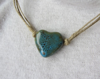 """the """"nature"""" Choker cords of beige linen and bronze speckled turquoise ceramic heart pendant, Valentine's day"""