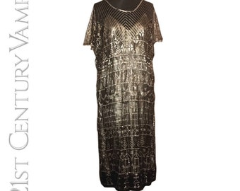 Vintage 1920s Dress. A Rare Assuit Beauty. Egyptian Revival. Jazz Age. Flapper. Art Deco.