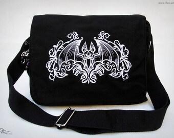 Shoulderbag - Gothic Bat