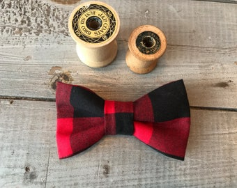 DOGGIE BOW TIE, Detachable Bow Tie, Made to Order, You Choose Color & Style!!  Pet/Puppy Bow Tie