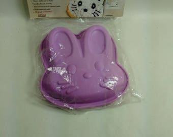 Set Of 2 New Mini Rabbit Cake/Crafting Silicone Pans/Molds (Y)