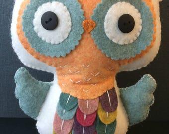 Handmade felt owl, large