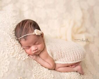 Organic Oatmeal Tieback. Baby Headband, Photography Prop, Rustic Natural Photo Prop, Newborn Prop, Vanilla and Cream Prop, Natural bead