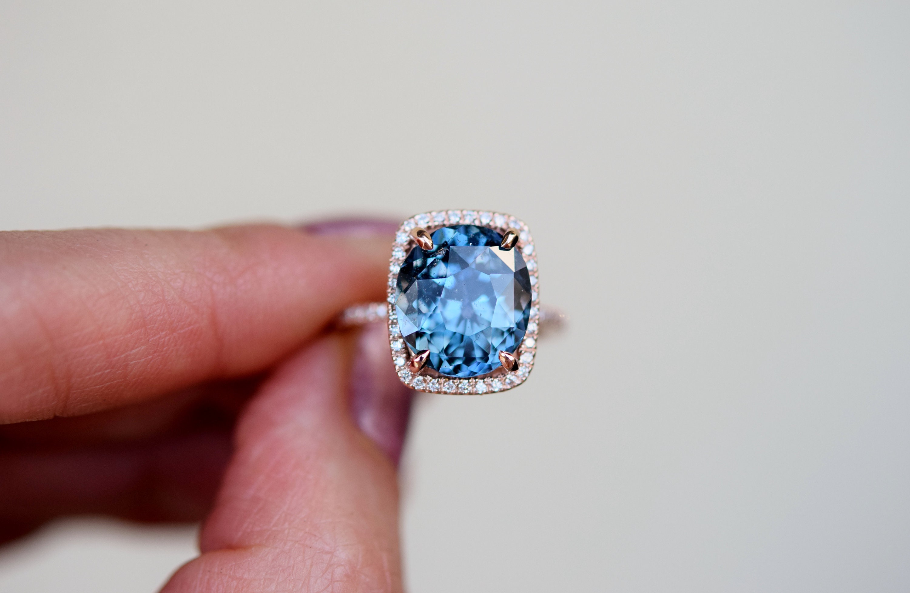 photo internally for blue largest green rare by sell could millennium this million oval shows sotheby s provided auction time carat diamond sothebys beers a over at jewel flawless de