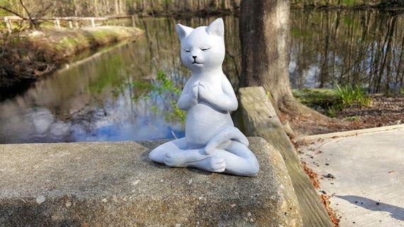 Yoga Cat Garden Decor Buddha Cat Garden Statue Meditating