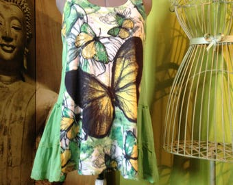 Green, yellow and White Butterfly T 40-42, lace and lace back shirt